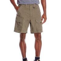 Wrangler 2017男藍哥休閒旅行地綠色後腰鬆緊多袋短褲(預購)