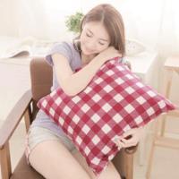 【奶油獅】格紋系列-台灣製造-100%精梳純棉可拆洗方型抱枕(含枕心)50CM(紅)