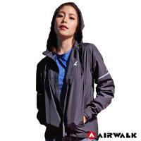 【AIRWALK】女款連帽收納風衣外套-女-黑色