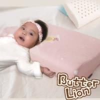 【奶油獅】馬來西亞進口純天然乳膠嬰兒仰睡側睡專用工學枕(附100%純棉布)-粉紅