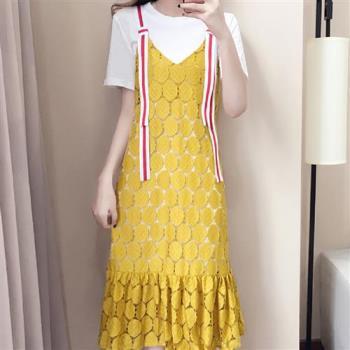 【JimmyWang】 甜美鏤空蕾絲吊帶二件式洋裝-含內搭短袖長上衣