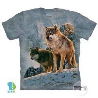 摩達客 (預購)(大尺碼3XL)美國進口The Mountain 日落雙狼 純棉環保藝術中性短袖T恤
