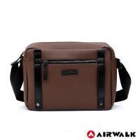 AIRWALK -英倫風華黑金側背包-共兩色