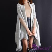 【Decoy】雪國風情*加大流蘇保暖斗篷式披肩圍巾罩衫