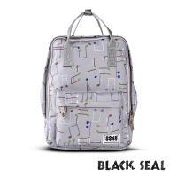 BLACK SEAL 聯名8848系列-多隔層休閒小方型後背包-象牙灰 BS83008
