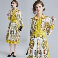 【M2M】優雅風尚歐風翻領排釦印花洋裝S-XL