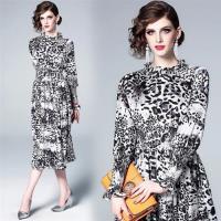 【M2M】展現狂野豹紋魅力時尚印花洋裝M-3XL