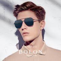 【BOLON 暴龍】知名大牌時尚流行男仕女仕墨鏡太陽眼鏡(經典雷朋飛行方框BL8009-偏光系列)