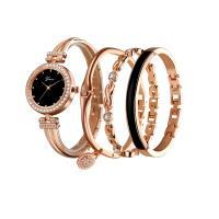 優雅大方手鍊手鐲女石英手錶四件套組