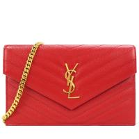 YSL MONOGRAM系列V字縫線魚子醬牛皮金屬LOGO金鍊肩背信封包(金/紅)