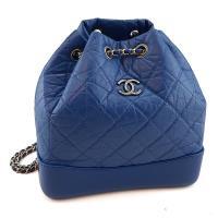 CHANEL 藍色菱格紋牛皮銀鍊束口水桶後背包(展示品)