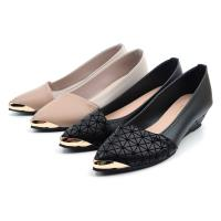 【 101大尺碼女鞋】41-44碼 MIT氣質拼接金飾楔型舒適乳膠鞋墊坡跟美鞋-黑色/奶荼色-0930410770-89