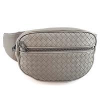 BOTTEGA VENETA 灰色編織羊皮前口袋胸口包腰包(展示品)