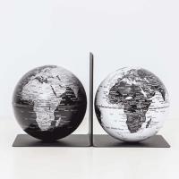SkyGlobe 5吋磁鐵書架地球儀(黑海銀陸地/白海黑陸地)(英文版)
