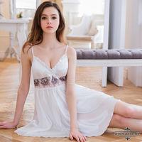 大尺碼Annabery典雅白色緞面V領睡衣