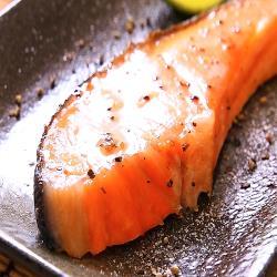 華得水產 薄鹽鮭魚片12包(約300g/包)