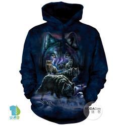 摩達客 (預購) ▶美國The Mountain 夜狼群 中性套頭長袖連帽T恤