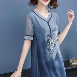 adora V領時尚減齡顯瘦大碼雪紡洋裝(2色)