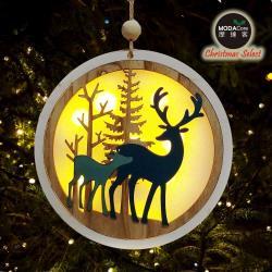 摩達客-木質彩繪麋鹿中型夜光圓形聖誕吊飾(LED電池燈)YS-HD190020
