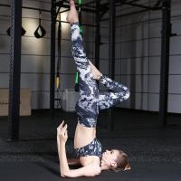 ALLK 超彈力印花跑步瑜珈褲 黑白迷彩(尺寸M-XL)