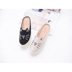 ZUCCA [z6803] 碎鑽貓咪印平底拖鞋-黑色/白色