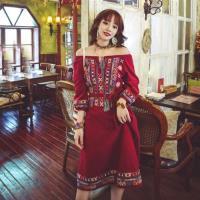 維拉森林-民族風一字領圖騰繡花燈籠袖復古洋裝S-XL(共三色)