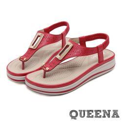 【QUEENA】時尚縷空刻花金屬釦飾拼接T字造型厚底羅馬涼鞋 紅
