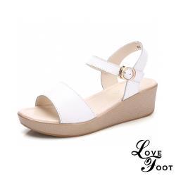 【LOVE FOOT 樂芙】真皮純色百搭魚口露趾氣質時尚厚底坡跟涼鞋 白