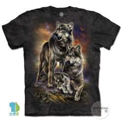 【摩達客】(大尺碼3XL) 美國進口The Mountain 日出狼家族 純棉環保藝術中性短袖T恤