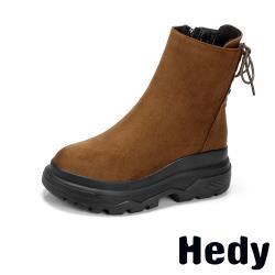 【Hedy】純色絨面厚底交叉綁帶造型短靴 棕