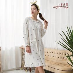 【MFN蜜芬儂】貓咪印花長袖開扣洋裝睡衣
