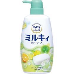 日本 牛乳石鹼  牛奶精華沐浴乳550ml-柑橘綠