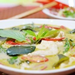 【泰凱】綠咖哩椰汁雞即食包