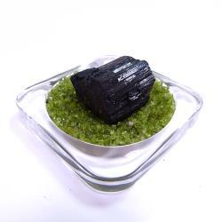 寶峻晶石館 黑碧璽原礦 BT45(附橄欖石盤)
