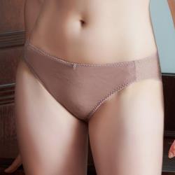【U&Z EASY SHOP】曖昧香頌 中腰三角褲(豆沙粉)