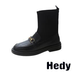 【Hedy】復古一字帶飾飛織襪套拼接粗跟中筒靴 C款馬銜釦