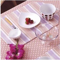《M.B.H─極簡之間》PVC防水桌巾(粉)(132x132cm)條紋
