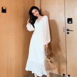 【KISSDIAMOND】韓版V領褶皺流蘇蕾絲泡泡袖連衣裙-KDD-1073(時尚/舒適/OL/氣質)