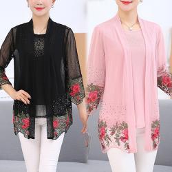 【韓國K.W.】(預購) 風格優雅立體花二件式上衣
