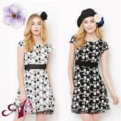 【A3】春之夏-高雅繡花絲質舒適洋裝(黑/白)2色選M-XXL